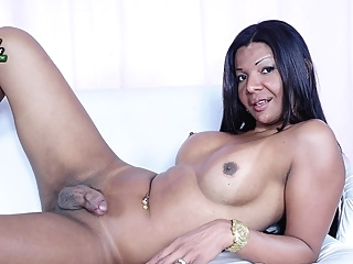 Thaissa Ferraz Shoots A Load - Brazilian-Transsexuals shemale shemale big ass shemale big tits