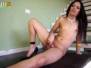 Brazilian Transsexuals - Beautiful Lohanna shemale cumshot shemale hd shemale latin